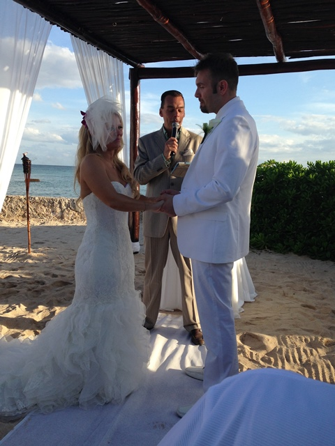 When Jay Thomson and Marissa Crecca got married in Riviera Maya, Mexico they had Mike Walter officiate the ceremony