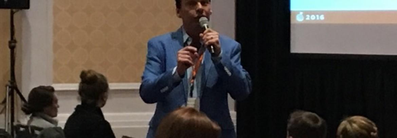 Mike Walter presents a new seminar at WeddingWire World