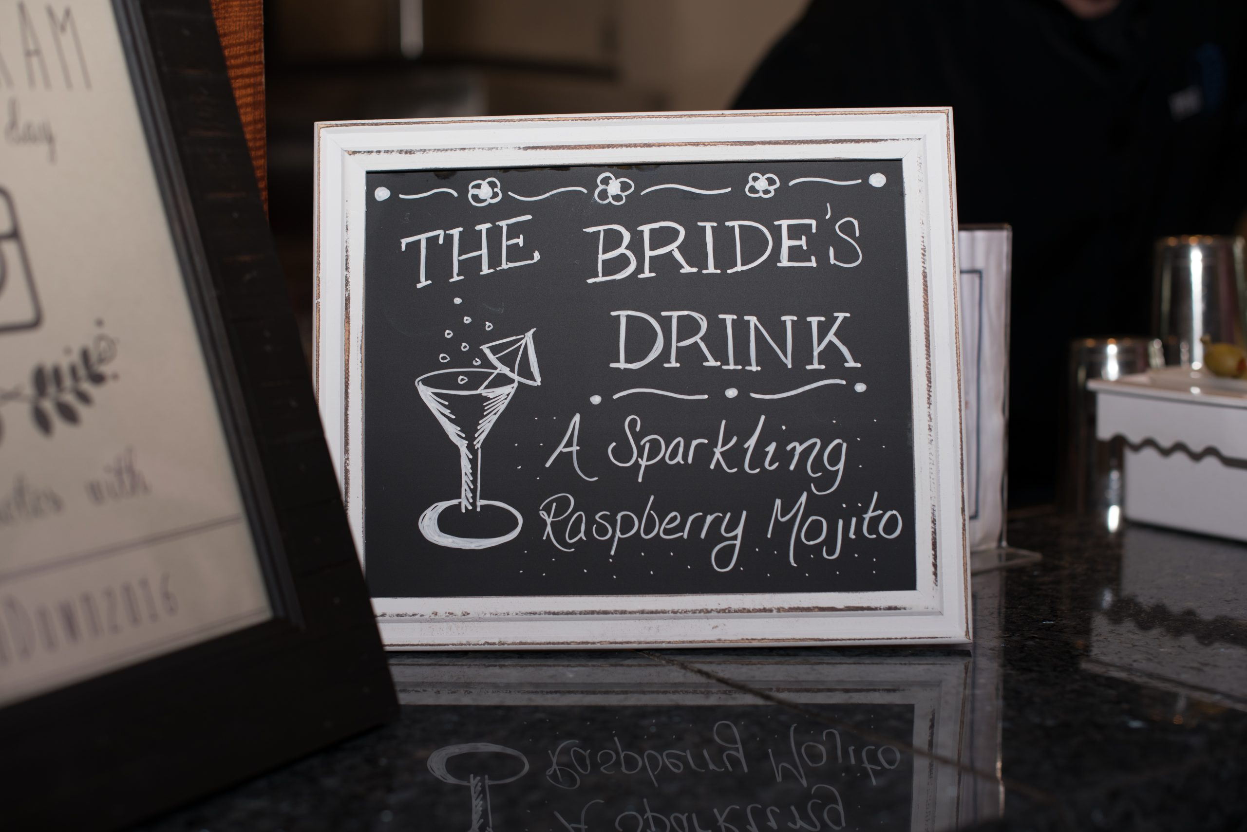 eliteentertainment_njwedding_signaturedrinksign