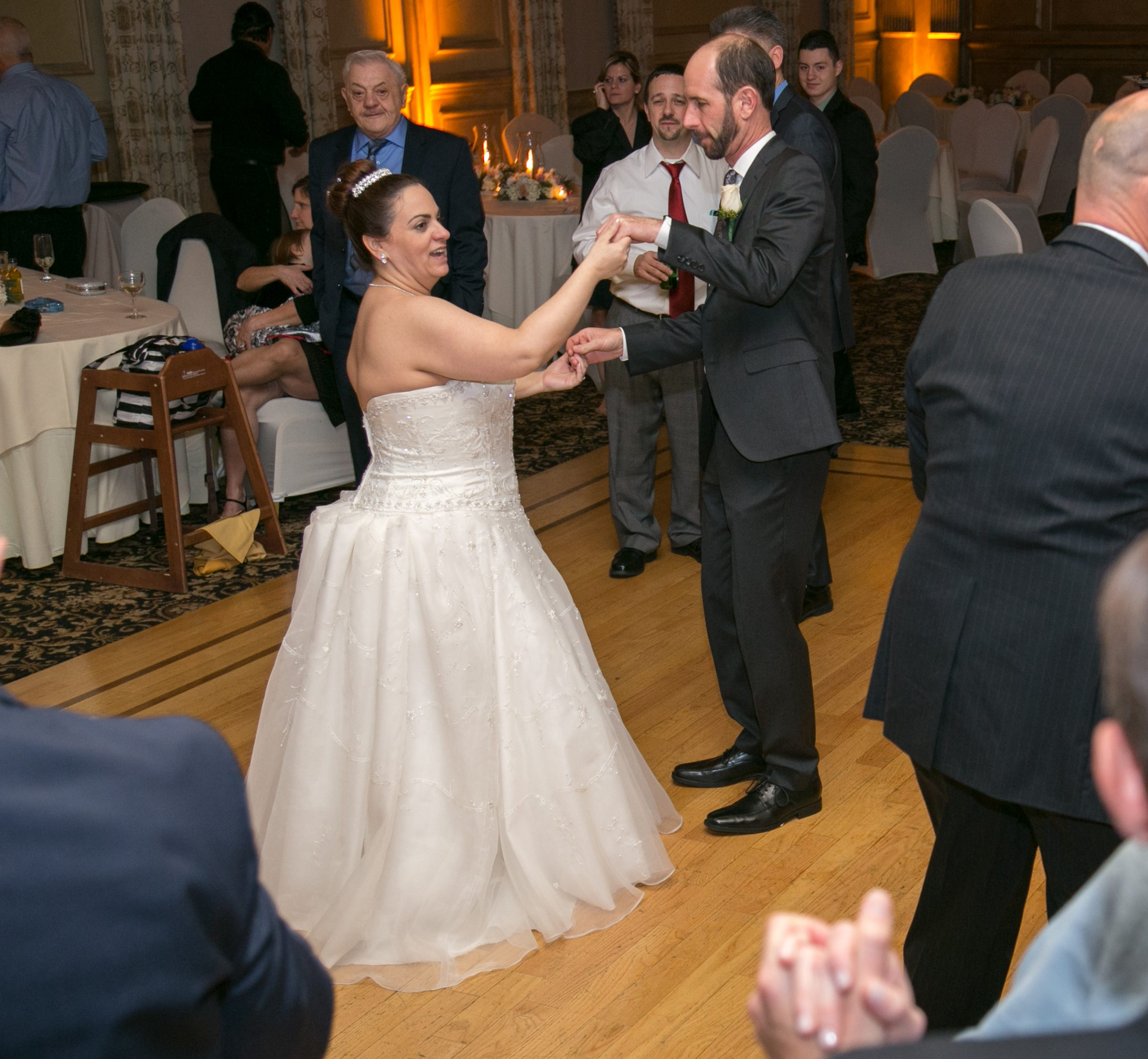 EliteEntertainment_NJWedding_DominicSestito_AmericanHotel
