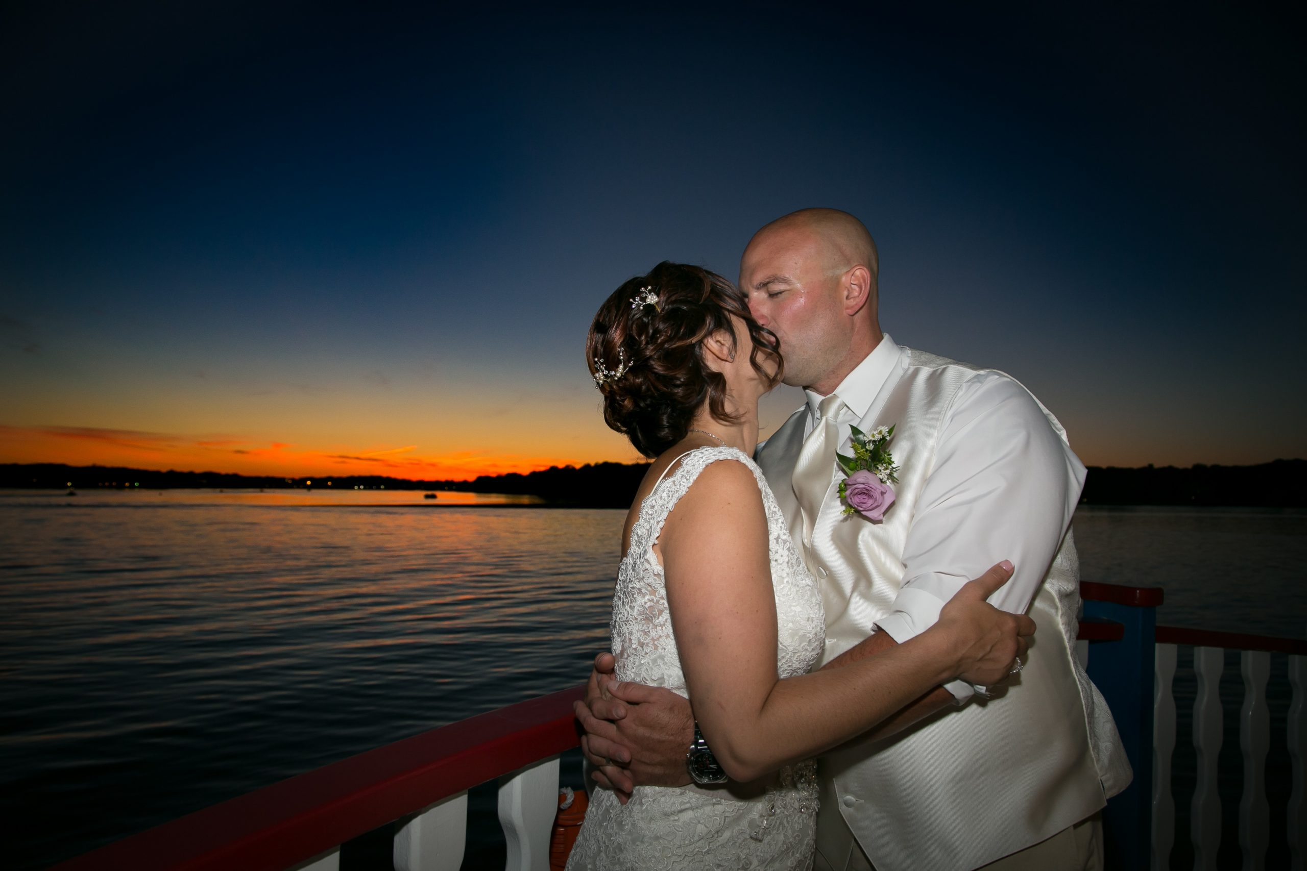 EliteEntertainment_EliteImages_NJWedding_RiverQueen