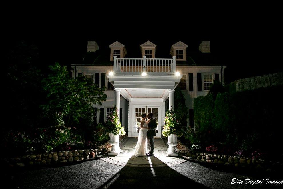 EliteEntertainment_NJWedding_EnglishManor