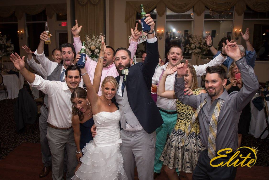 EliteEntertainment_NJWedding_EliteDigitalImages_LobsterShanty