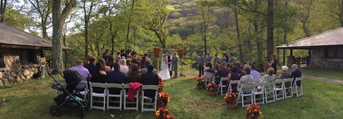 Michelle & Christopher Celebrate Their Marriage at Bear Mountain