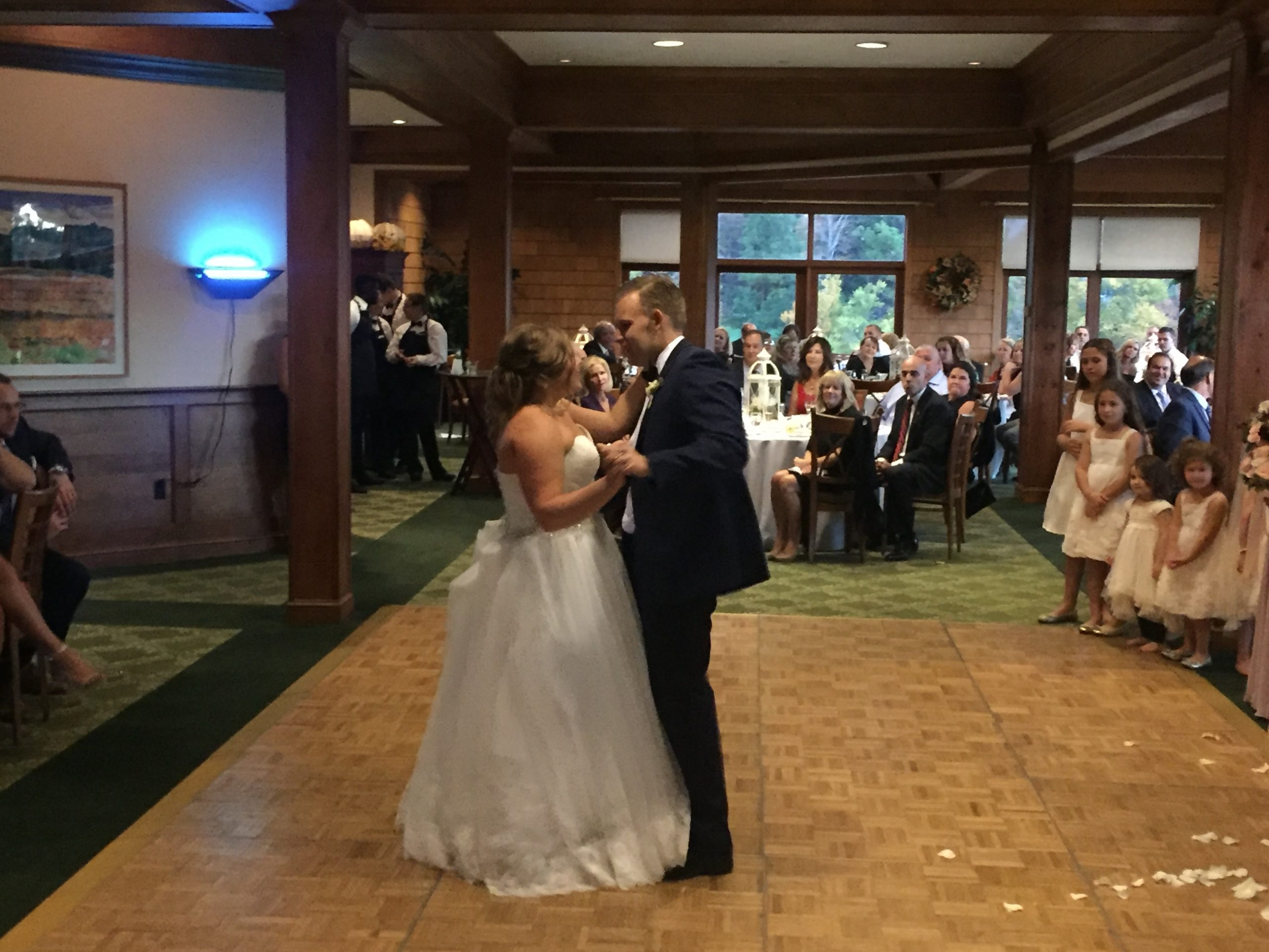 EliteEntertainment_NJWedding_SkyTopLodge