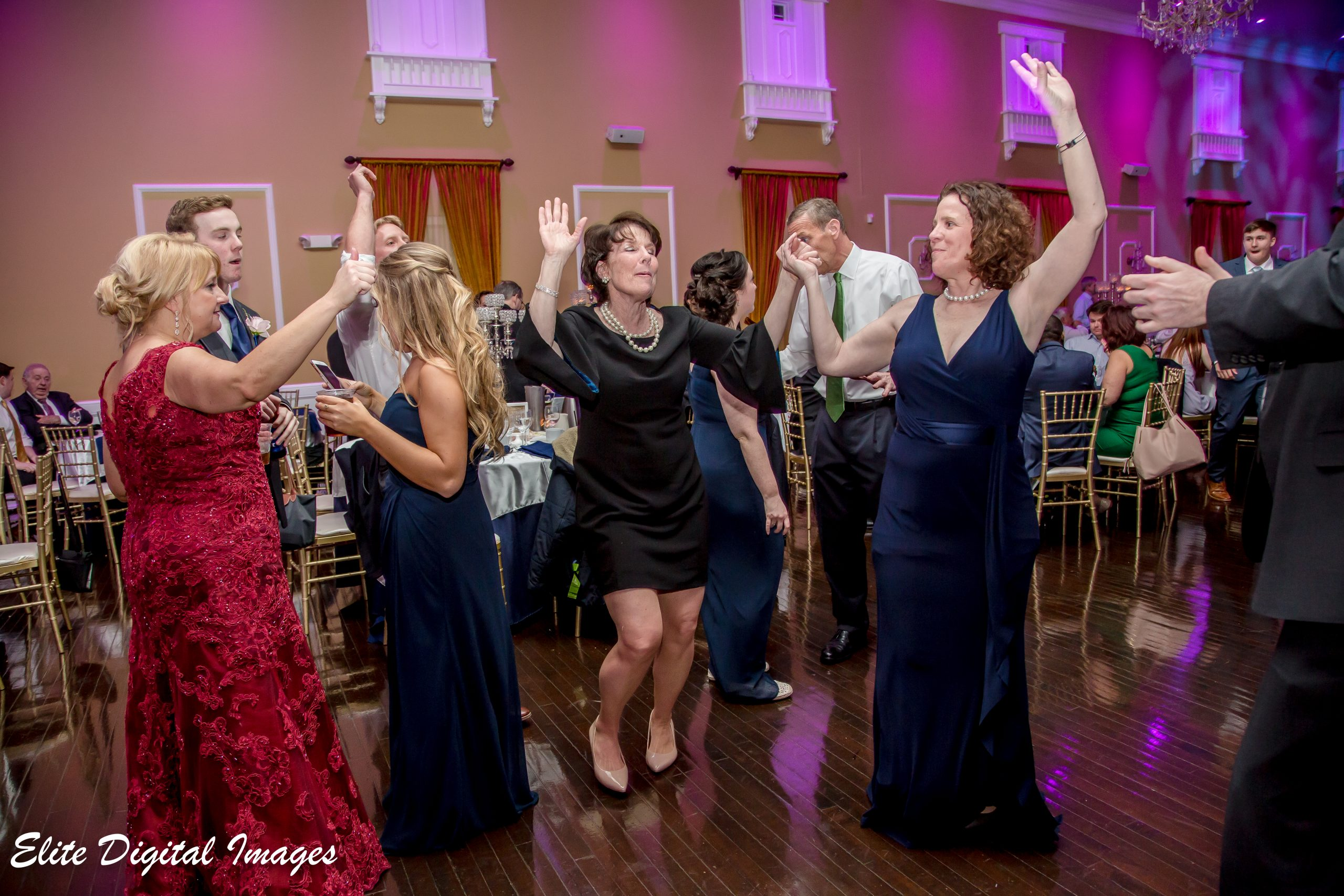Elite Entertainment_ NJWedding_ EliteDigitalImages_Hamilton Manor_Caitlin and Sean 5