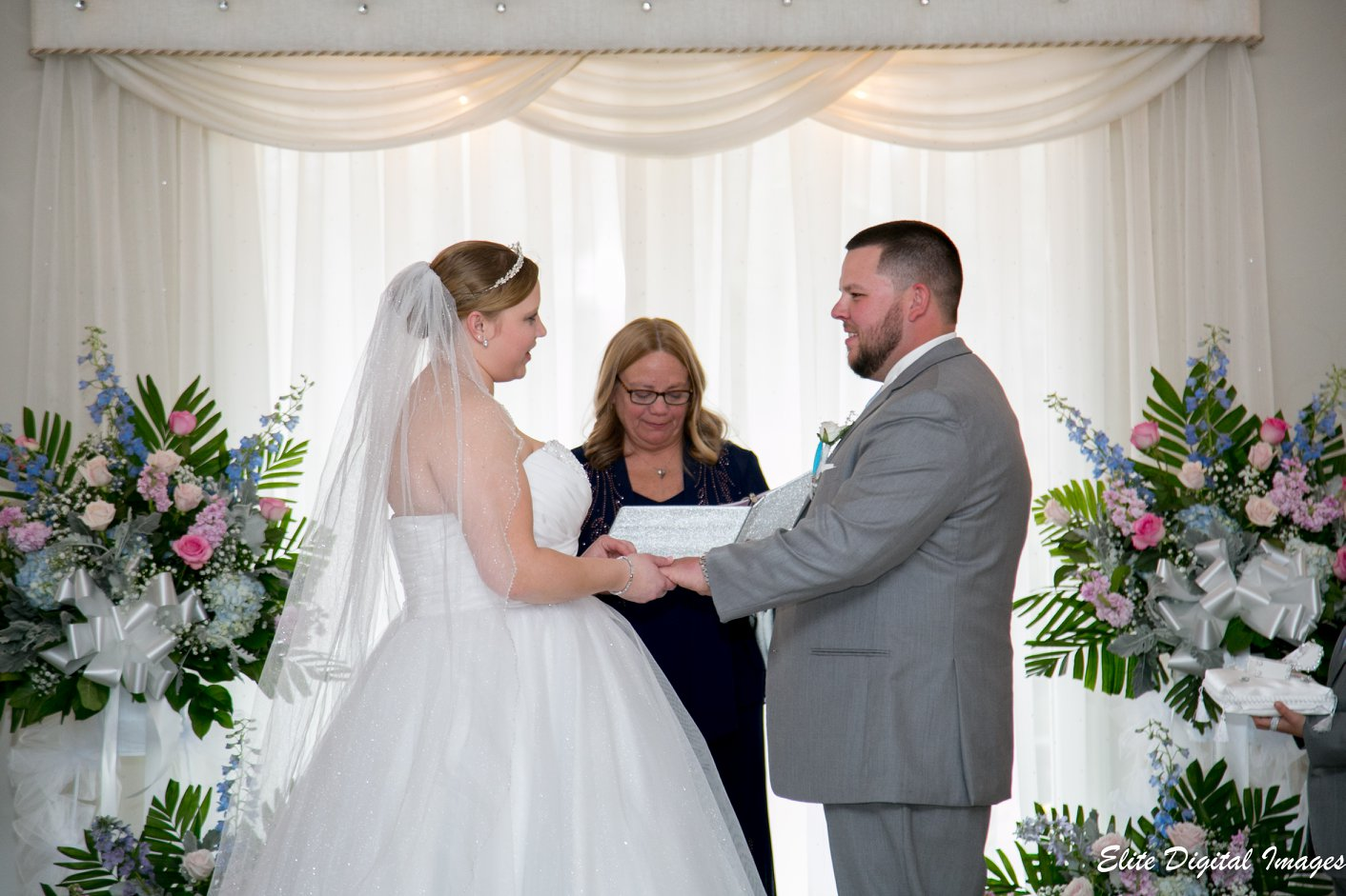 Elite Entertainment_ NJWedding_ EliteDigitalImages_EnglishManor_Cassidy and Dennis2