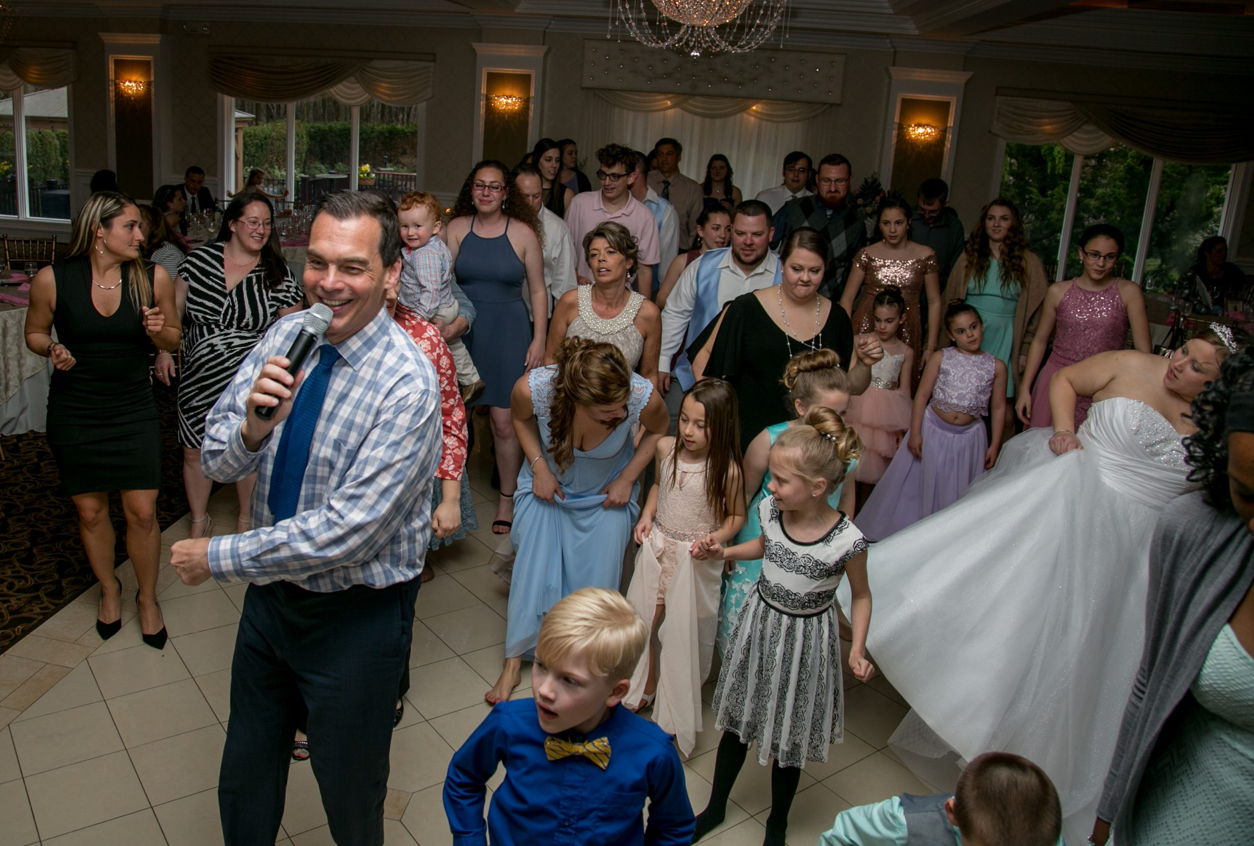Elite Entertainment_ NJWedding_ EliteDigitalImages_EnglishManor_Cassidy and Dennis8 Mike Walter2