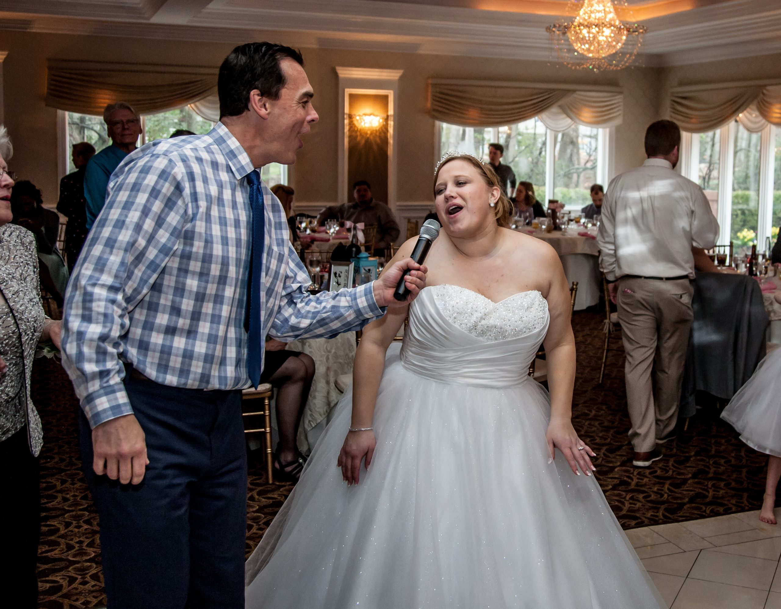 Elite Entertainment_ NJWedding_ EliteDigitalImages_EnglishManor_Cassidy and Dennis8 Mike Walter3