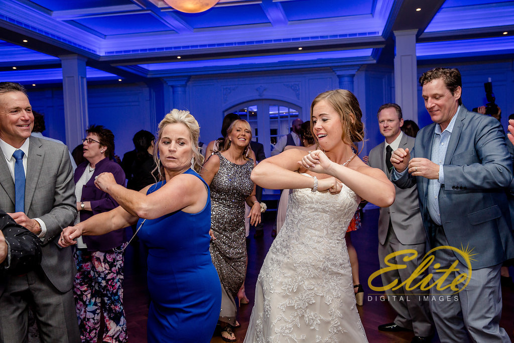 Elite Entertainment_ NJWedding_ EliteDigitalImages_The Mill at Lakeside Manor_Samantha and Charles (10)