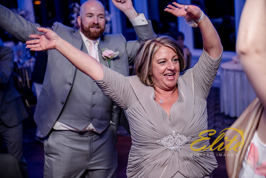 Elite Entertainment_ NJWedding_ EliteDigitalImages_The Mill at Lakeside Manor_Samantha and Charles (8)