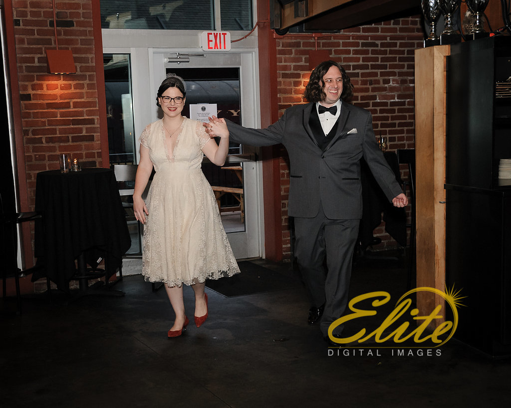 Elite Entertainment_ NJ Wedding_ Elite Digital Images _ Triumph Brewery in New Hope (4)