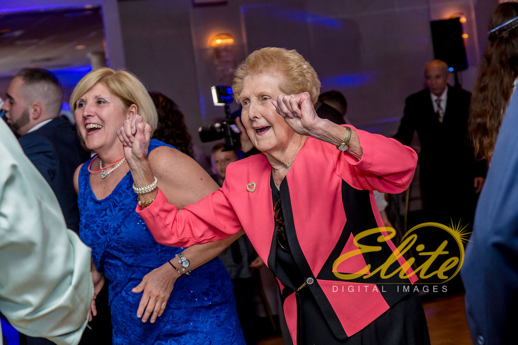 Elite Entertainment_ NJ Wedding_ Elite Digital Images_Breakers_Lindsey and Chris (12)