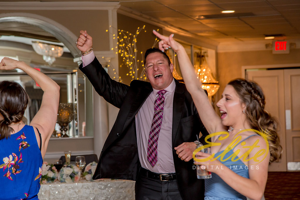 Elite Entertainment_ NJ Wedding_ Elite Digital Images_Doolans Shore Club in Spring Lake_Leanna and George (12)