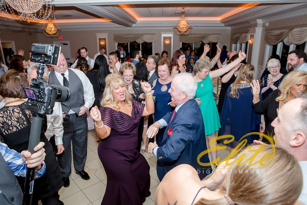 Elite Entertainment_ NJ Wedding_ Elite Digital Images_English Manor_Maria and Ryan (9)