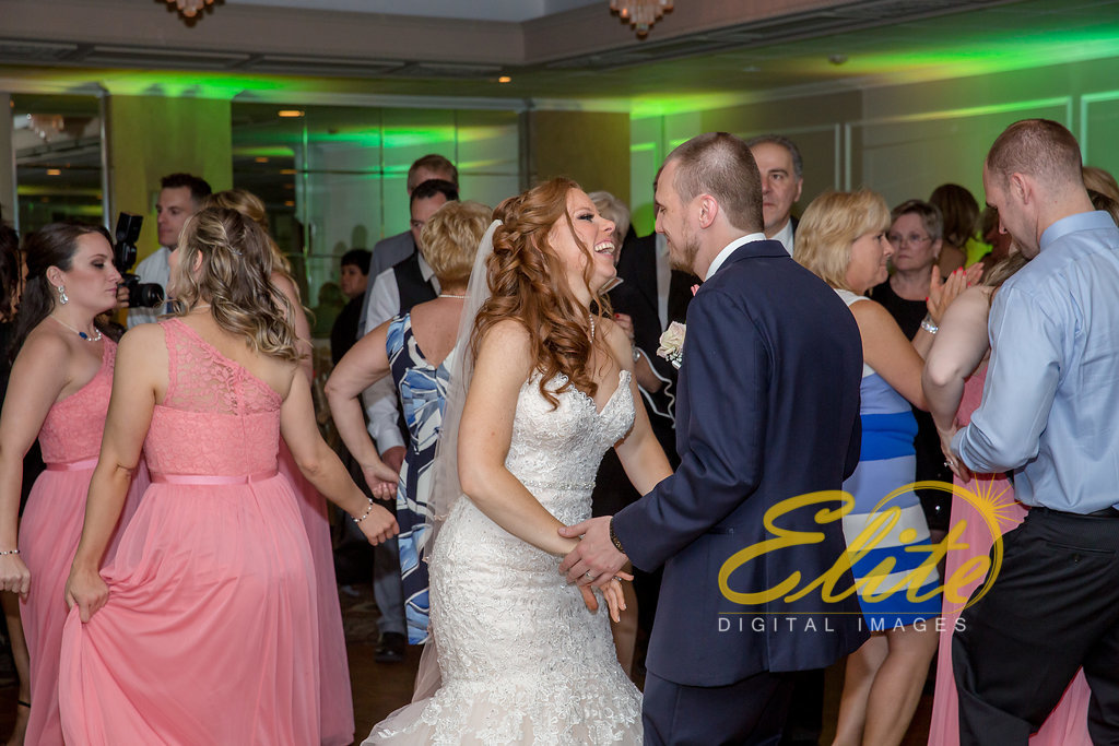 Elite Entertainment_ NJ Wedding_ Elite Digital Images_Doolans Shore Club in Spring Lake_Kristen and Michael Dean (6)