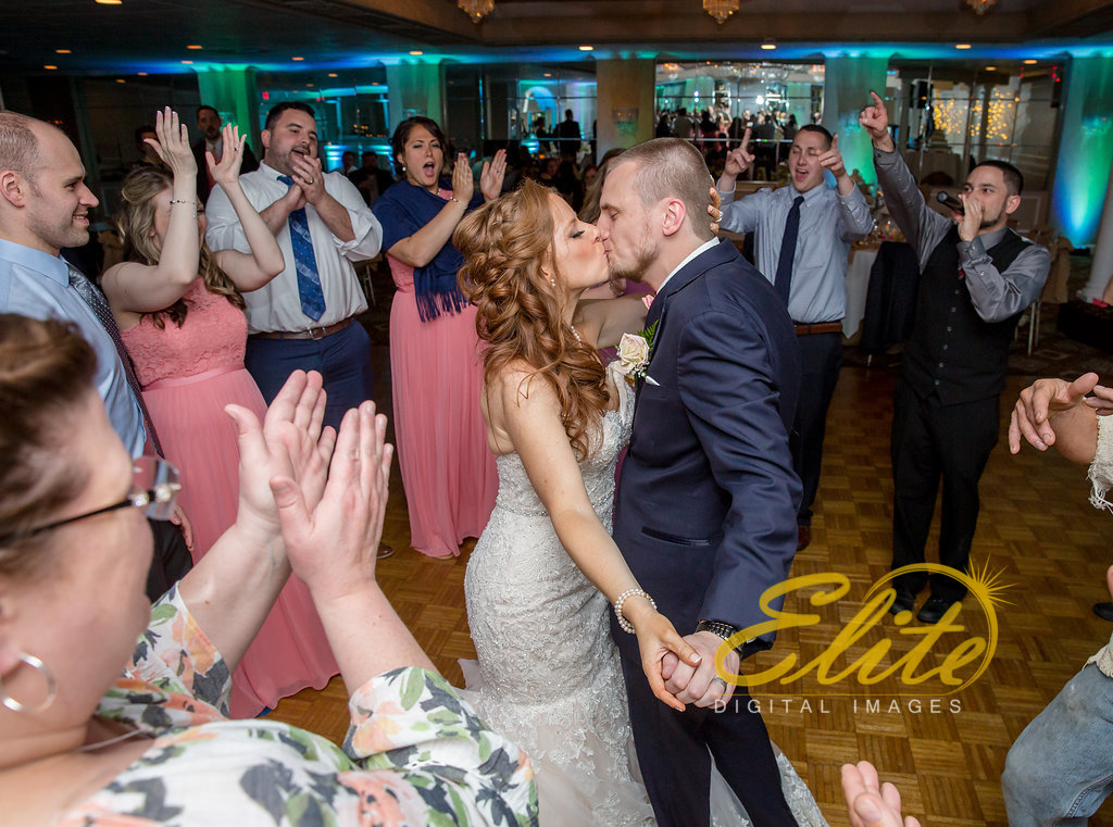 Elite Entertainment_ NJ Wedding_ Elite Digital Images_Doolans Shore Club in Spring Lake_Kristen and Michael Dean (7)