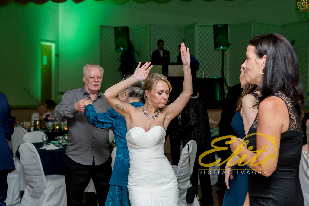 Elite Entertainment_ NJ Wedding_ Elite Digital Images_Nottingham Ballroom, Hamilton _ Amanda and Kevin (3)