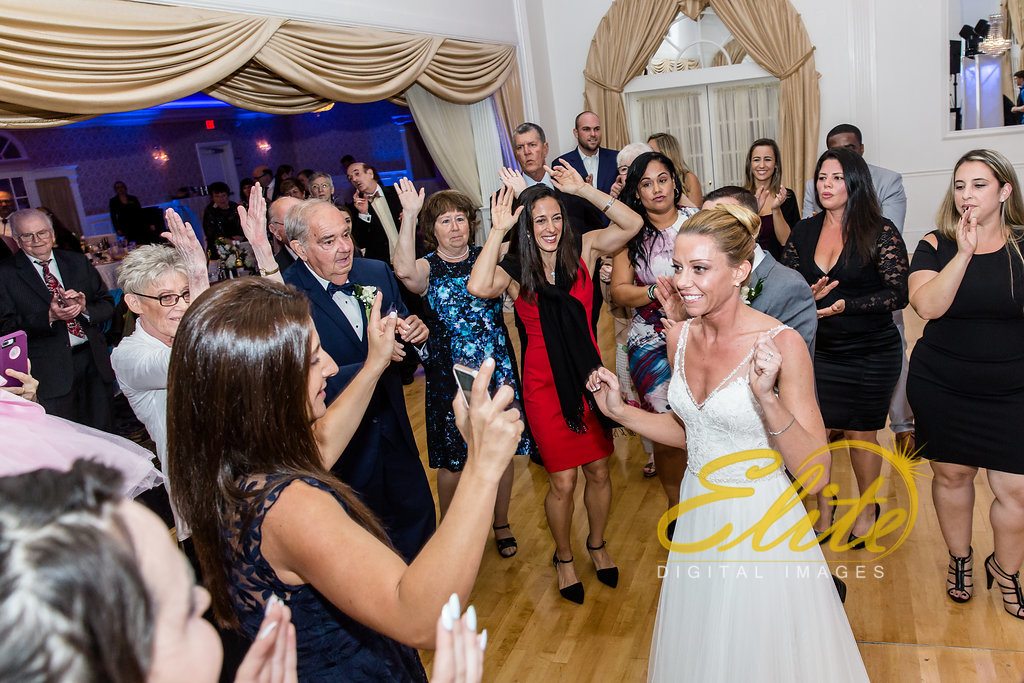 Elite Entertainment_ NJ Wedding_ Elite Digital Images_Tomasello Winery_Cassie and Steve (5)