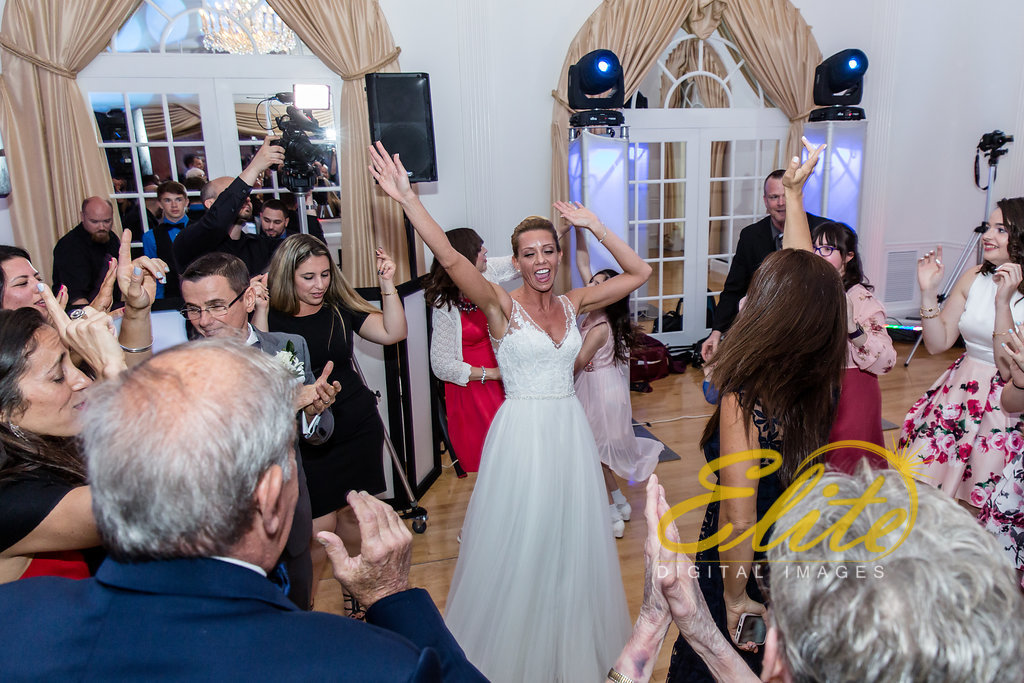 Elite Entertainment_ NJ Wedding_ Elite Digital Images_Tomasello Winery_Cassie and Steve (6)