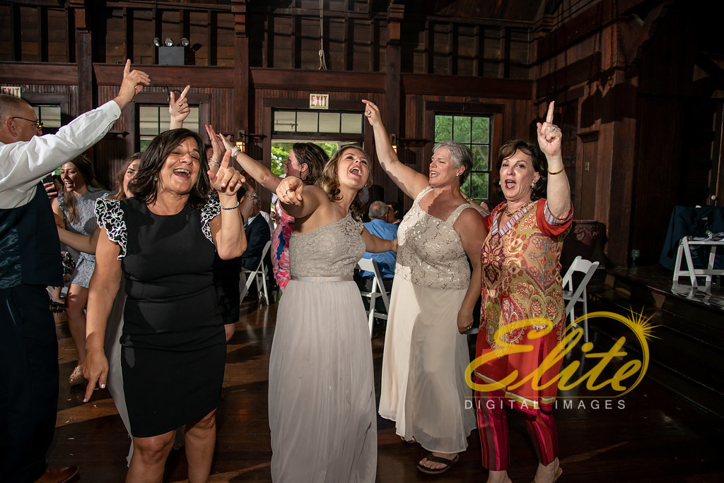 Elite Entertainment_ NJ Wedding_ Elite Digital Images_Water Witch _Marie and Stephen (6)