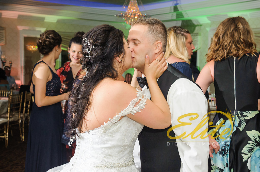 Elite Entertainment_ NJ Wedding_ Elite Digital Images_English Manor_Janine and Brian (8)