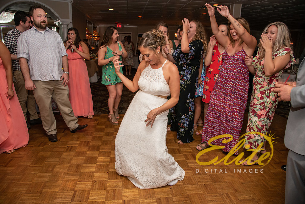 Elite Entertainment_ NJ Wedding_ Elite Digital Images_Doolans Shore Club in Spring Lake_Erin and Frank (13)