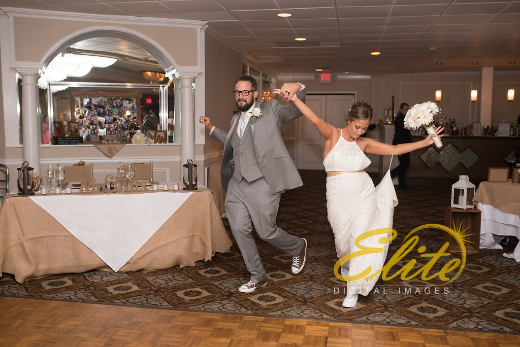 Elite Entertainment_ NJ Wedding_ Elite Digital Images_Doolans Shore Club in Spring Lake_Erin and Frank (3)