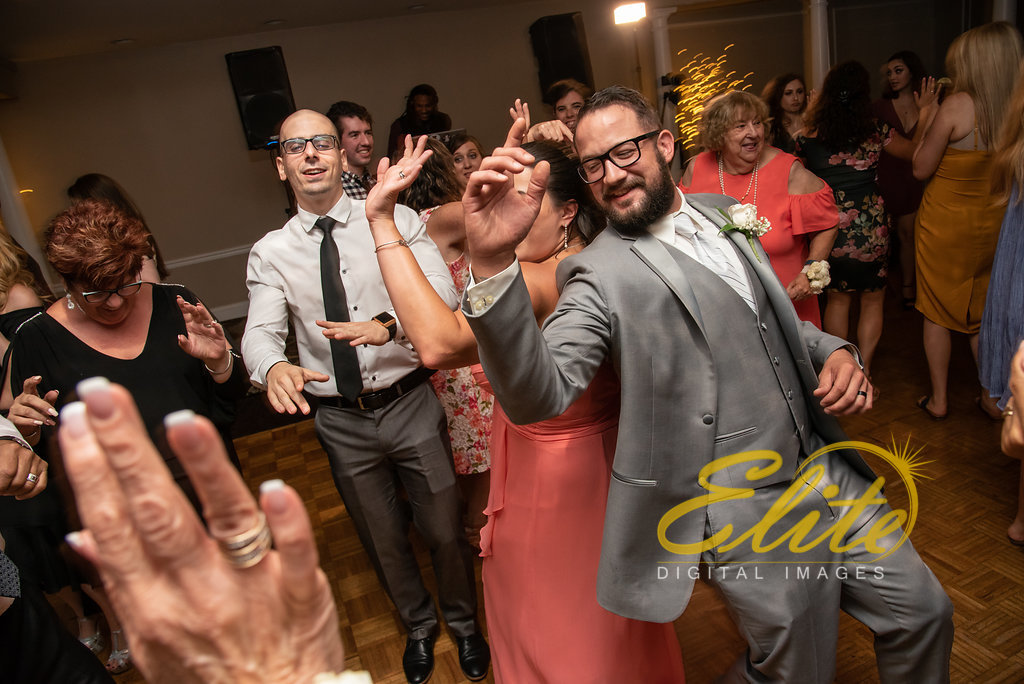 Elite Entertainment_ NJ Wedding_ Elite Digital Images_Doolans Shore Club in Spring Lake_Erin and Frank (9)