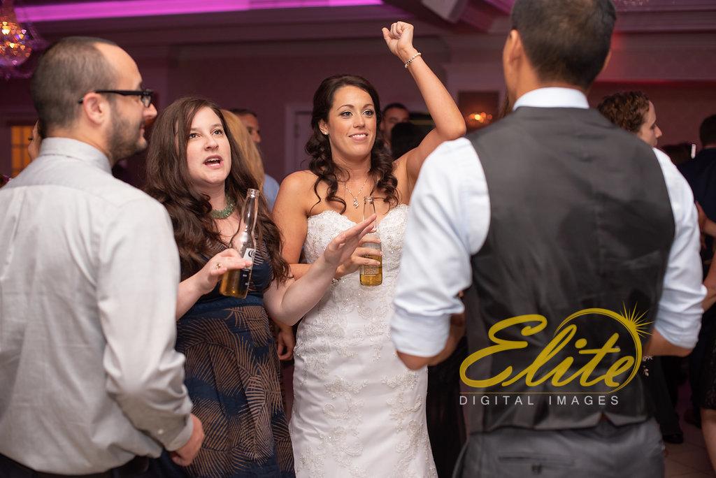 Elite Entertainment_ NJ Wedding_ Elite Digital Images_English Manor_Melissa and John (10)