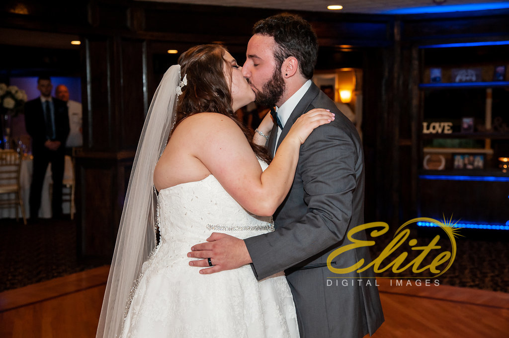Elite Entertainment_ NJ Wedding_ Elite Digital Images_Buttonwood Manor_Amy and Nicholas (3)