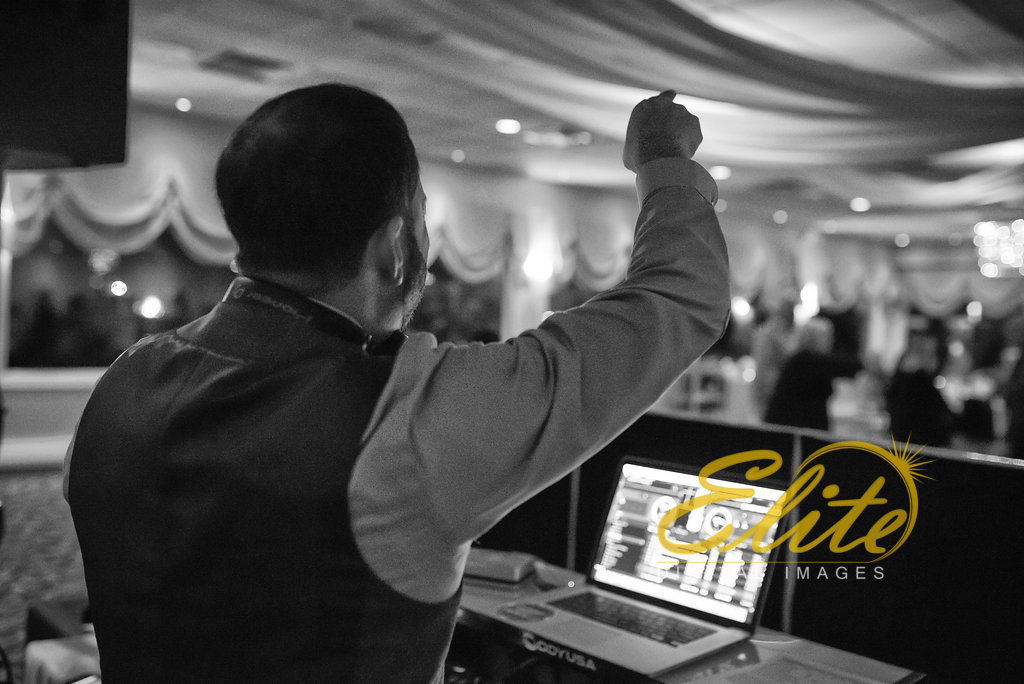 Elite Entertainment_ NJ Wedding_ Elite Digital Images_Crystal Point, Point Pleasant _ Amber and Rob (12) Tom Monaco