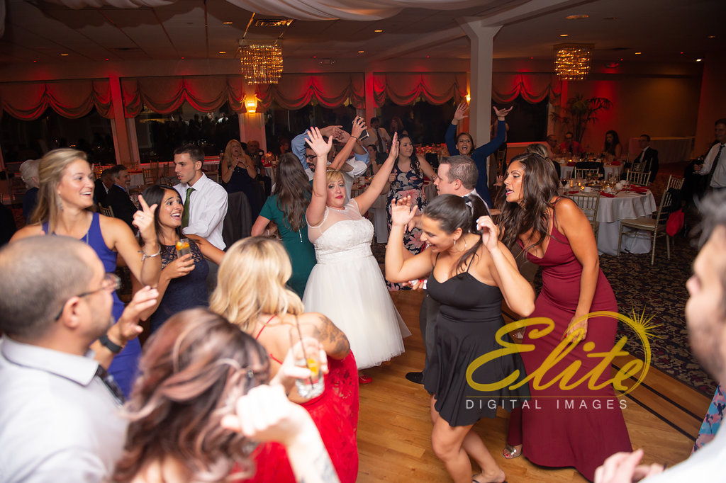 Elite Entertainment_ NJ Wedding_ Elite Digital Images_Crystal Point, Point Pleasant _ Amber and Rob (7)