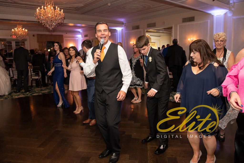 Elite Entertainment_ NJ Wedding_ Elite Digital Images_Molly Pitcher in Red Bank_Carolyn and Chris (13)