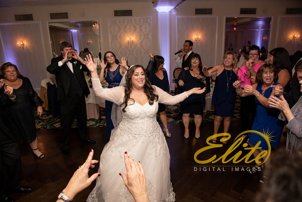 Elite Entertainment_ NJ Wedding_ Elite Digital Images_Molly Pitcher in Red Bank_Carolyn and Chris (20)