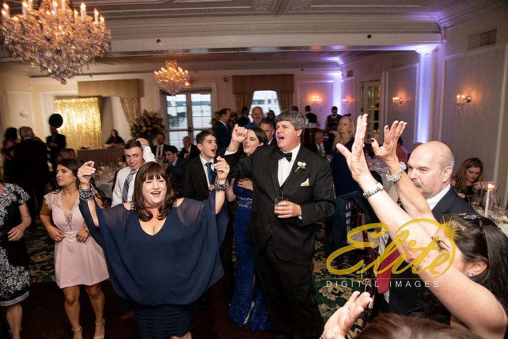 Elite Entertainment_ NJ Wedding_ Elite Digital Images_Molly Pitcher in Red Bank_Carolyn and Chris (7)