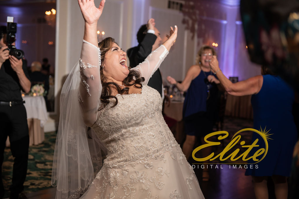 Elite Entertainment_ NJ Wedding_ Elite Digital Images_Molly Pitcher in Red Bank_Carolyn and Chris (8)