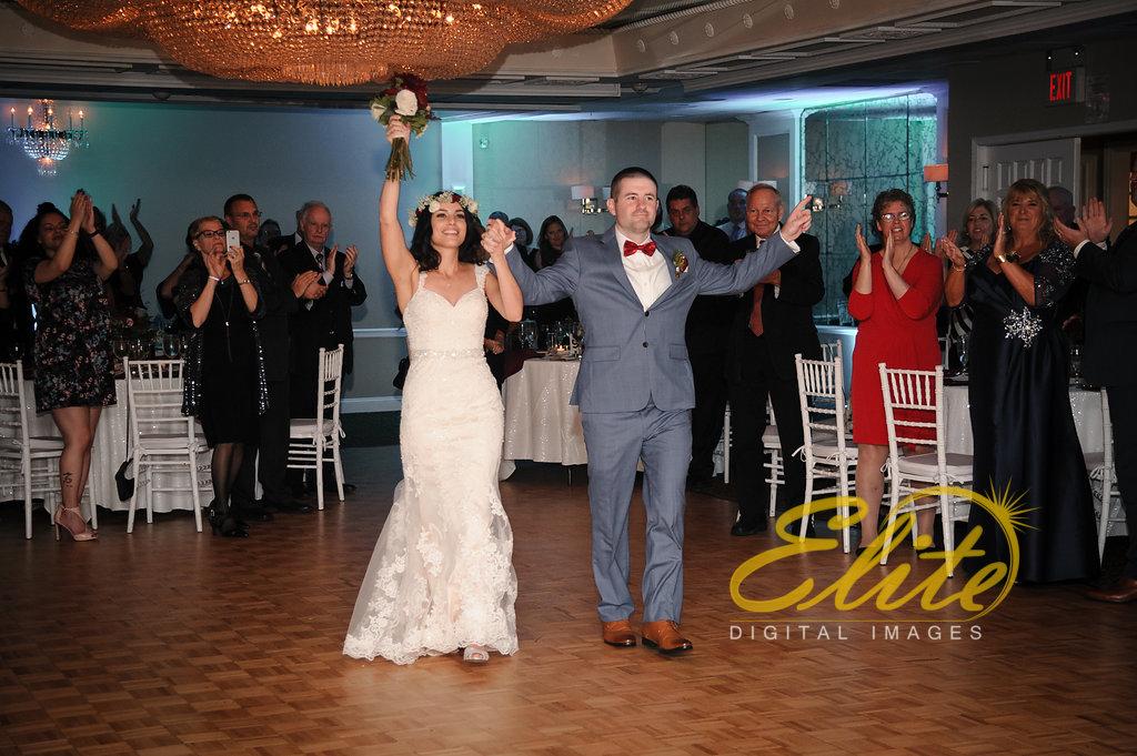 Elite Entertainment_ NJ Wedding_ Elite Digital Images_Doolans Shore Club in Spring Lake_Anita and Robert (1)