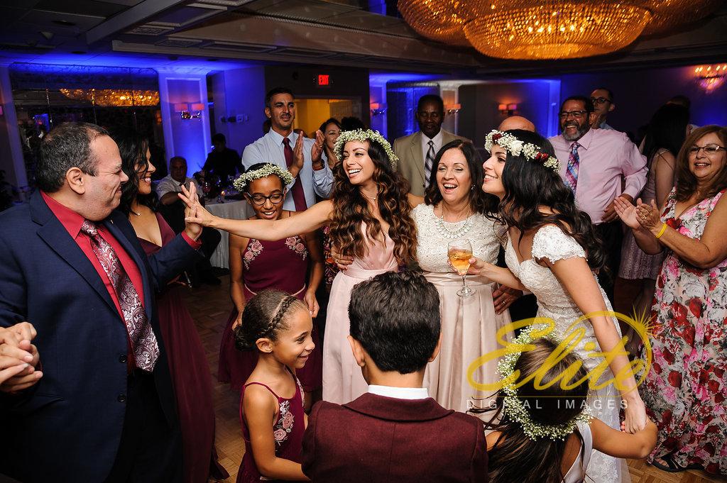 Elite Entertainment_ NJ Wedding_ Elite Digital Images_Doolans Shore Club in Spring Lake_Anita and Robert (4)