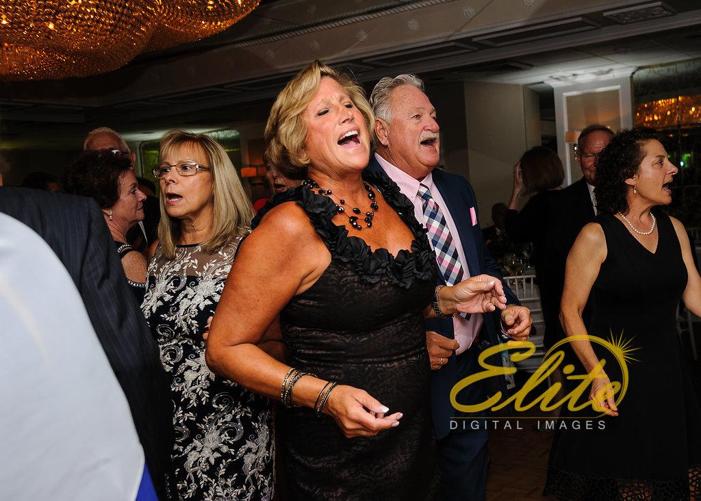 Elite Entertainment_ NJ Wedding_ Elite Digital Images_Doolans Shore Club in Spring Lake_Anita and Robert (5)