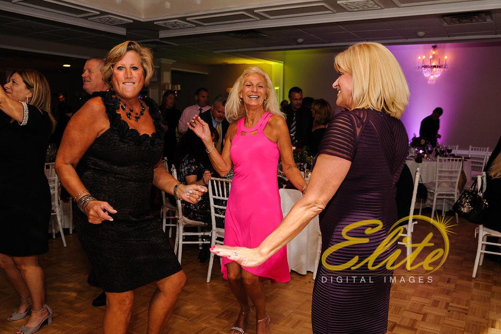 Elite Entertainment_ NJ Wedding_ Elite Digital Images_Doolans Shore Club in Spring Lake_Anita and Robert (7)