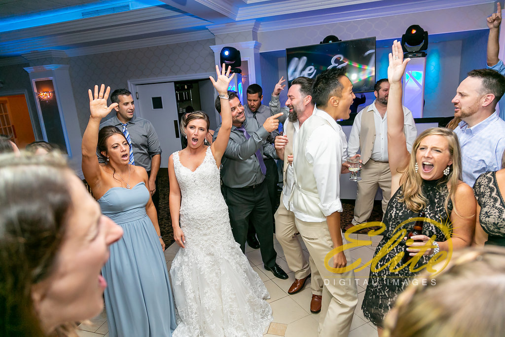 Elite Entertainment_ NJ Wedding_ Elite Digital Images_English Manor_Michelle and Joshua (9)