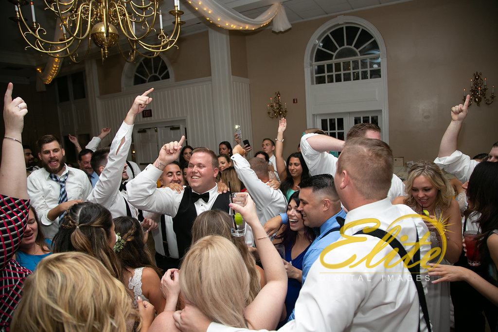 Elite Entertainment_ NJ Wedding_ Elite Digital Images_OldYorkWedding_Alexandra and Jesse (11)
