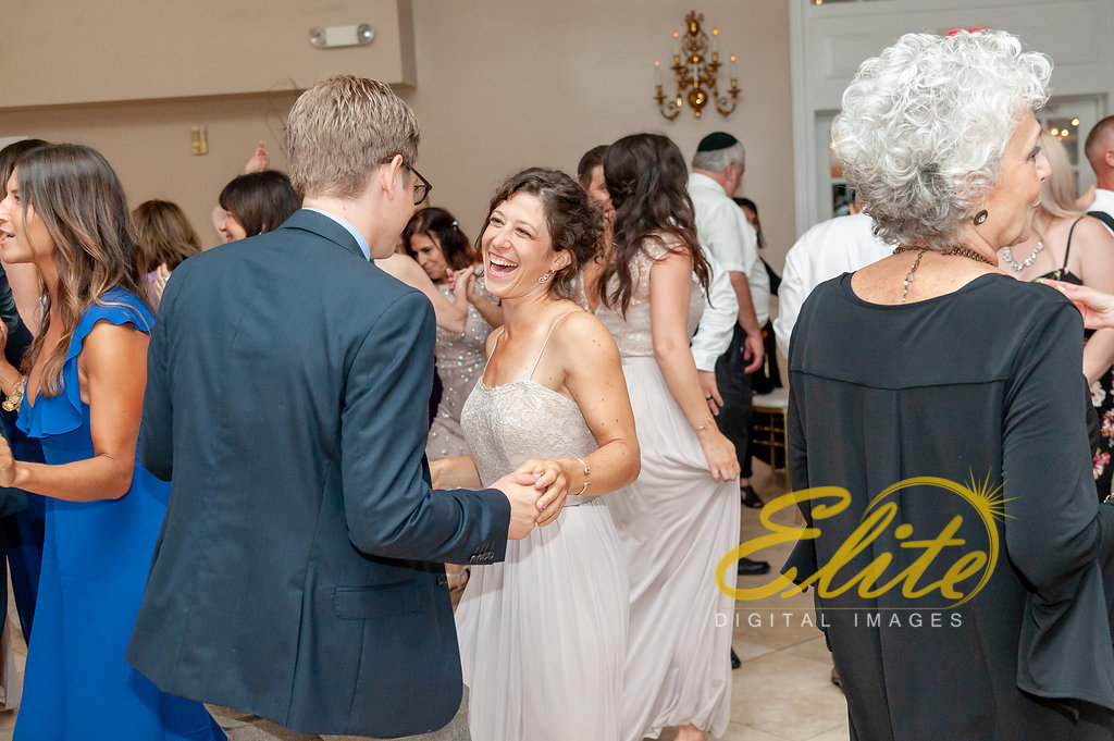 Elite Entertainment_ NJ Wedding_ Elite Digital Images_OldYorkWedding_Alexandra and Jesse (7)