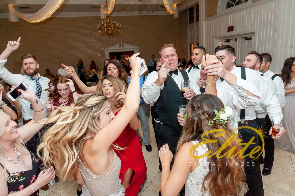 Elite Entertainment_ NJ Wedding_ Elite Digital Images_OldYorkWedding_Alexandra and Jesse (9)
