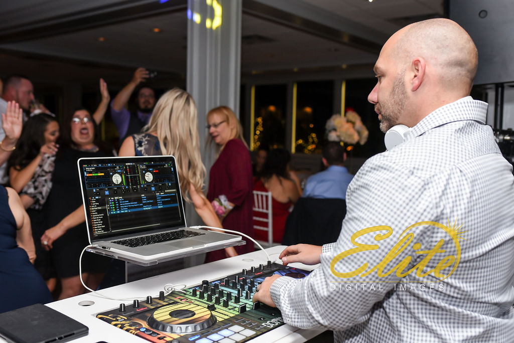 Elite Entertainment_ NJ Wedding_ Elite Digital Images_Channel Club _ Kim and Jimmy (9) Dominic Sestito