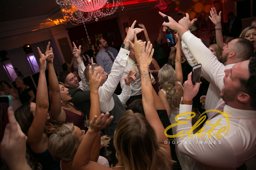 Elite Entertainment_ NJ Wedding_ Elite Digital Images_English Manor_Barbara and Scott (12)