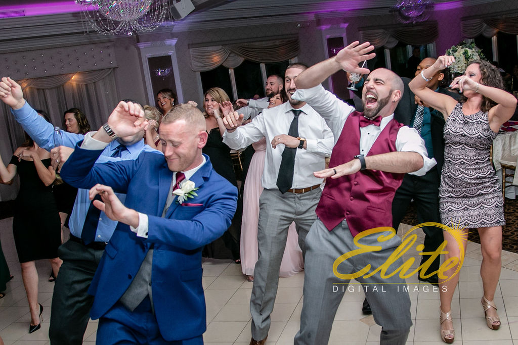 Elite Entertainment_ NJ Wedding_ Elite Digital Images_English Manor_Barbara and Scott (5)