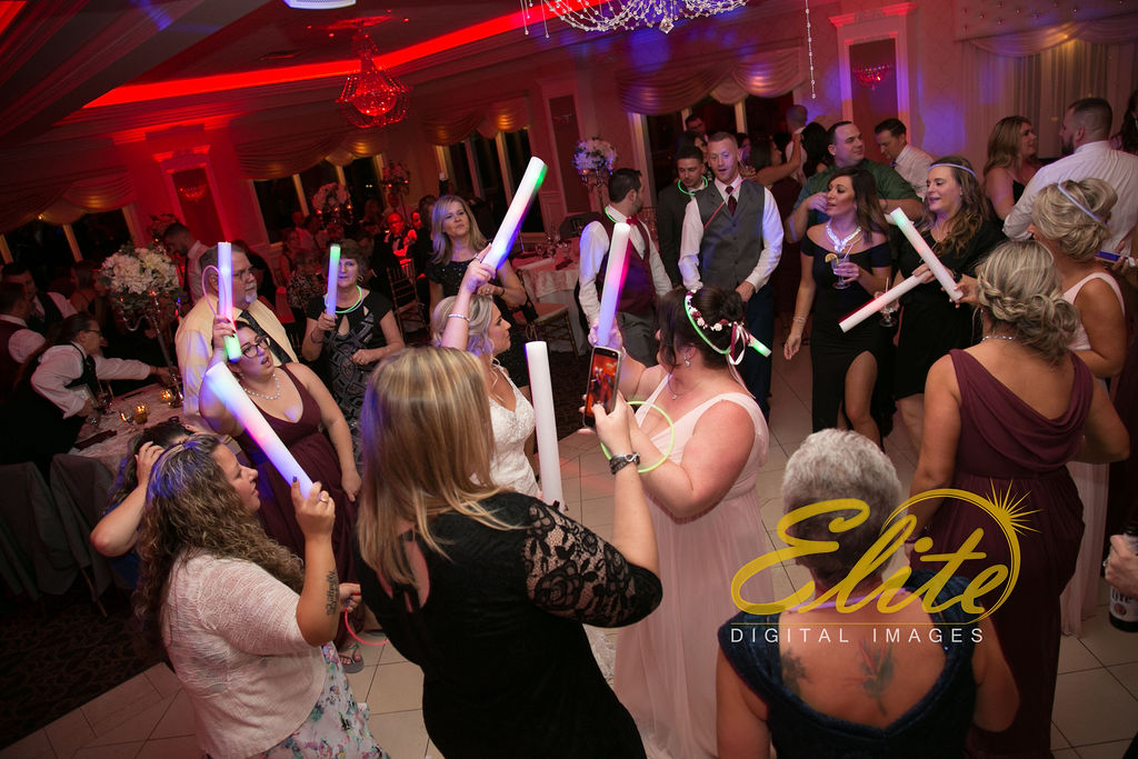 Elite Entertainment_ NJ Wedding_ Elite Digital Images_English Manor_Barbara and Scott (6)