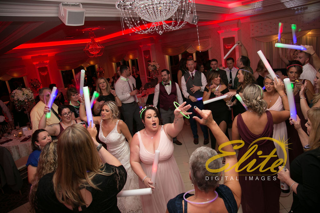 Elite Entertainment_ NJ Wedding_ Elite Digital Images_English Manor_Barbara and Scott (7)